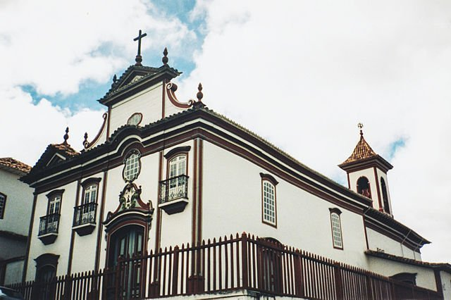 Principais pontos turísticos históricos em Diamantina - Minas Gerais - Igreja do Carmo